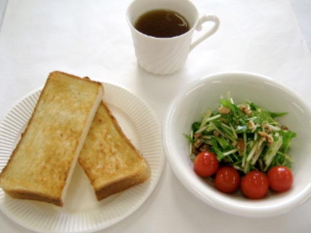 「パン食のおかずの写真」の画像検索結果